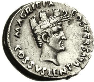 Moneta raffigurante Agrippa con la corona navale, riconoscimento ottenuto dopo le vittorie contro le flotte di Sesto Pompeo
