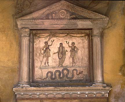 Edicola per l'adorazione dei Lari.