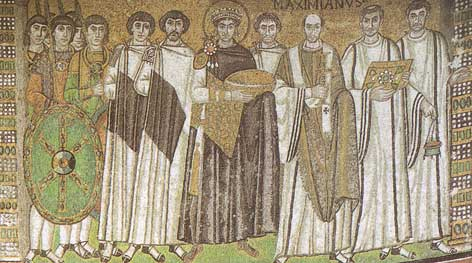 Ravenna, il celebre mosaico con al centro L'Imperatore Giustiniano.